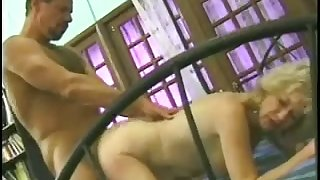 Torrid crinkly chubby whore gets her mature slit fucked doggy pass muster BJ