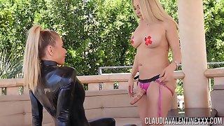 Kinky grown up latex lesbians Claudia Valentine and Puma Swede