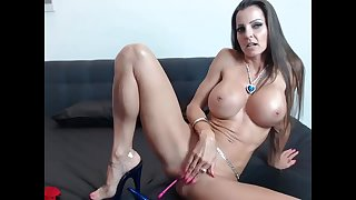 Fit MILF Rubs The brush Wet Coochie Live surpassing Cam