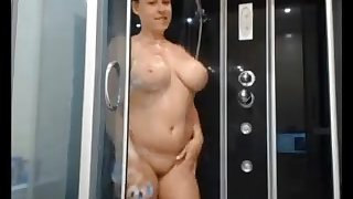 My sexy wife takes a shower chiefly cam and looks amazing