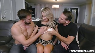 Light haired gal in sexy ass Kate Kennedy enjoys darn great MMF threesome