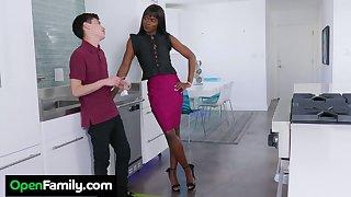Slender ebony stepmom Ana Foxxx bangs white stepson right in hammer away kitchen